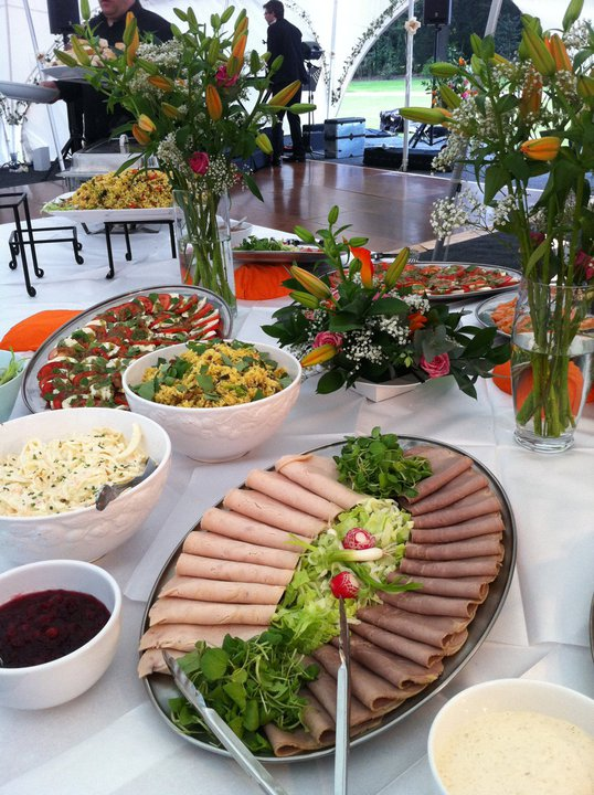 SPECIALIST WEDDING CATERING